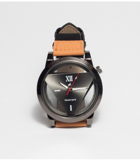Fasteck Triangle Analog Watch For Men