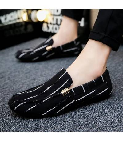 Men's Black Shoe With White Stripe