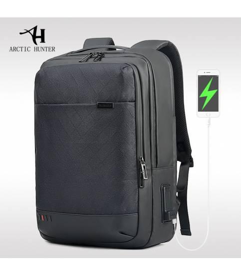ARCTIC HUNTER Multi Functional Travel USB Recharging Laptop Backpack